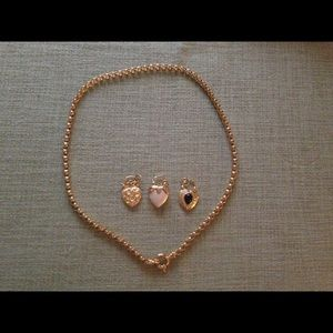 Joan Rivers Jewelry - Joan Rivers heart charms necklace
